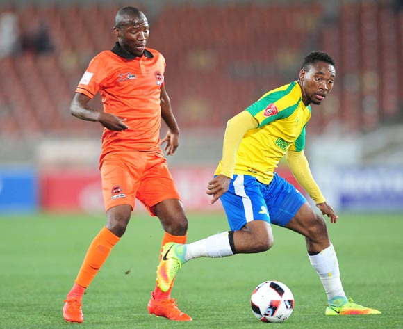 Sibusiso Vilakazi of Mamelodi Sundowns challenged by Jabulani Maluleke of Polokwane City during the Absa Premiership match between Polokwane City and Mamelodi Sundowns at Peter Mokab Stadium, November on the 02 November 2016 © Samuel Shivambu/BackpagePix