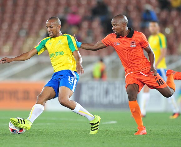 Tiyani Mabunda of Mamelodi Sundowns challenged by Puleng Tlolane of Polokwane City during the Absa Premiership match between Polokwane City and Mamelodi Sundowns at Peter Mokab Stadium, November on the 02 November 2016 © Samuel Shivambu/BackpagePix