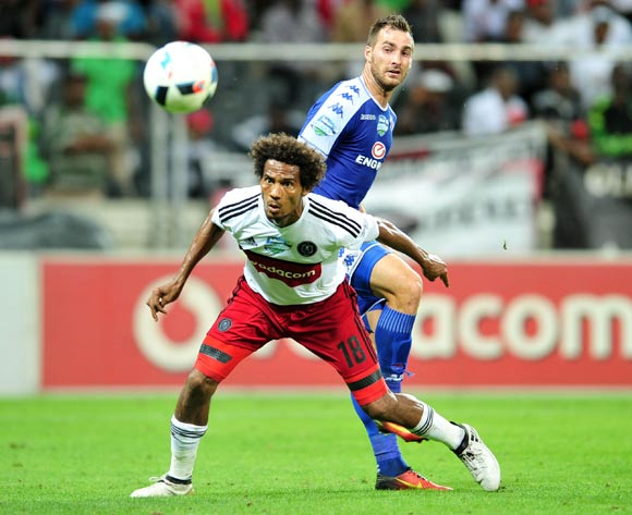 Issa Sarr of Orlando Pirates and Bradley Grobler of Supersport United during the 2016 Telkom Knockout match between the Supersport United and Orlando Pirates at the Mbombela Stadium in Nelspruit on the 26 November 2016©Samuel Shivambu/Backpagepix