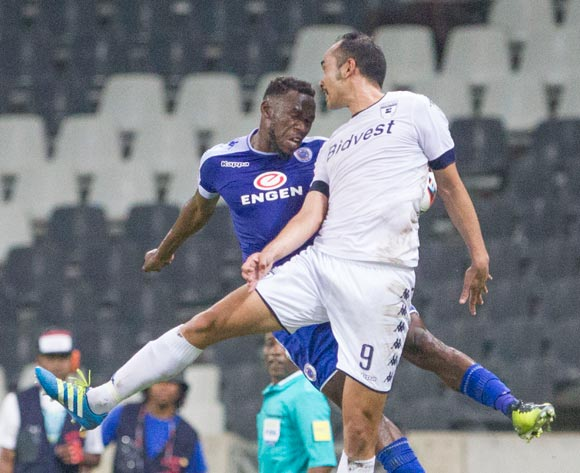 Eleazar Rodgers of Wits and Onismor Bhasera of Supersport United during the Absa Premiership 2016/17 game between Supersport United and Bidvest Wits at Mbombela Stadium, Mpumalanga on 29 November 2016 © BackpagePix