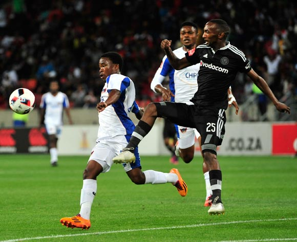 Paseka Mako of Chippa United and THABO EUCLITE RAKHALE of Orlando Pirates during the Absa Premiership 2016/17 match between Chippa United and Orlando Pirates at Nelson Mandela Bay Stadium, Port Elizabeth South Africa on 22 November 2016 ©Deryck Foster/BackpagePix