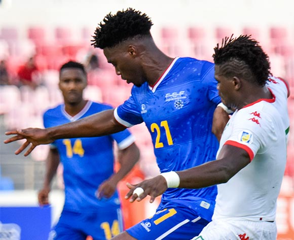 Cape Verde's player Djaniny (L) vies for the ball against Burkina Faso's player Malo Patrick (R) during their 2018 FIFA World Cup qualifying soccer match held at National Satdium Praia in Cidade da Praia, Cape Verde, 12 November 2016.  EPA/ENEIAS RODRIGUES
