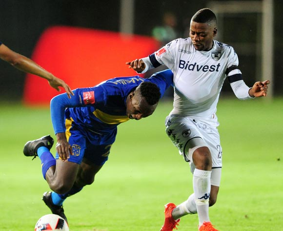 Sibusiso Masina of Cape Town City challenged by Pentjie Zulu of Bidvest Wits during the Absa Premiership 2016/17 game between Bidvest Wits and Cape Town City at Bidvest Stadium, Johannesburg on 02 December 2016 © Aubrey Kgakatsi/BackpagePix