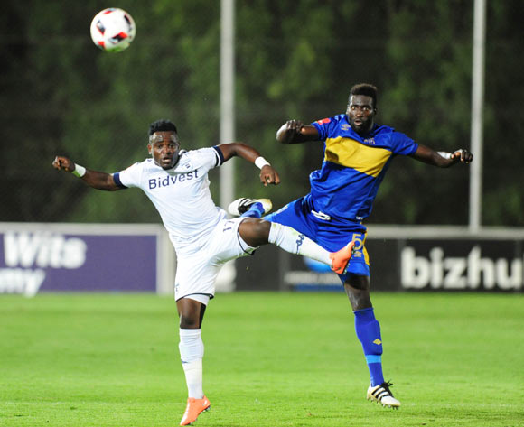 Gabadinho Mhango of Bidvest Wits challenged by Joseph Adjei of Cape Town City during the Absa Premiership 2016/17 game between Bidvest Wits and Cape Town City at Bidvest Stadium, Johannesburg on 02 December 2016 © Aubrey Kgakatsi/BackpagePix
