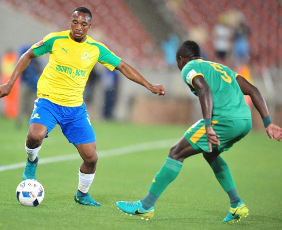 Sibusiso Vilakazi of Supersport United challenged by Ndivhuwo Ravhuhali of Baroka FC during the Absa Premiership match between Baroka FC and Mamelodi Sundowns at the Peter Mokaba Stadium in Limpopo on the 22 December 2016©Samuel Shivambu/Backpagepix