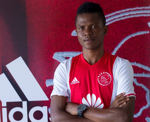 Zambian midfielder joins Ajax