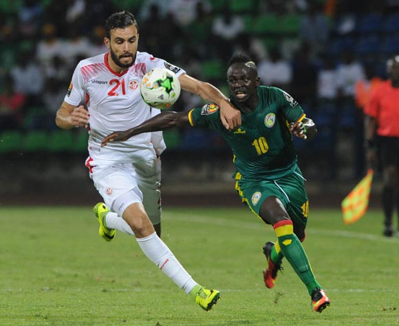 Hamdi Maguez of Tunisia challenges Sadio Mane of Senegal during the Afcon Group B match between Tunisia and Senegal on the 15 January 2017 at Franceville Stadium, Gabon Pic Sydney Mahlangu/ BackpagePix