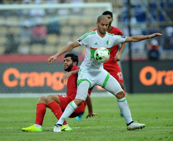 Adlane Guedioura of Algeria challenges Mohamed Ben Amor of Tunisia during the Afcon Group B match between Algeria and Tunisia  on the 19 January 2017 at Franceville Stadium, Gabon Pic Sydney Mahlangu/ BackpagePix
