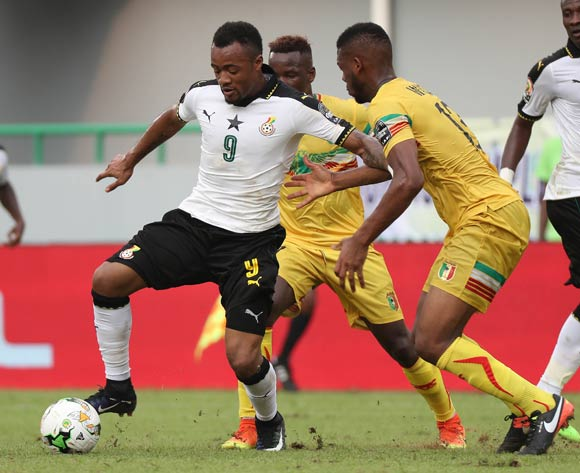 Jordan Ayew of Ghana evades challenge from Molla Wague of Mali (r) and Mamoutou N'Diaye of Mali (c) during the 2017 Africa Cup of Nations Finals football match between Ghana and Mali at the Port Gentil Stadium in Gabon on 21 January 2017 ©Chris Ricco/BackpagePix