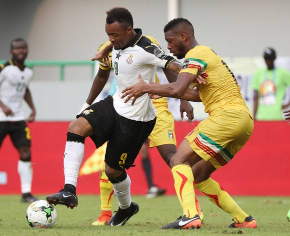 Jordan Ayew of Ghana evades challenge from Molla Wague of Mali (r) and Mamoutou N'Diaye of Mali during the 2017 Africa Cup of Nations Finals football match between Ghana and Mali at the Port Gentil Stadium in Gabon on 21 January 2017 ©Chris Ricco/BackpagePix
