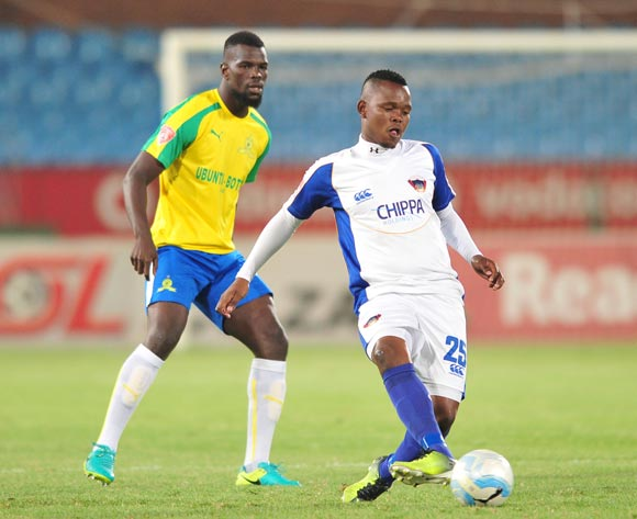 Lerato Manzine of Chippa United challenged by Bangaly Soumahoro of  Mamelodi Sundowns during the Absa Premiership 2016/17 match between Mamelodi Sundowns and Chippa United at Loftus Stadium, South Africa on 28 February 2017 ©Samuel Shivambu/BackpagePix