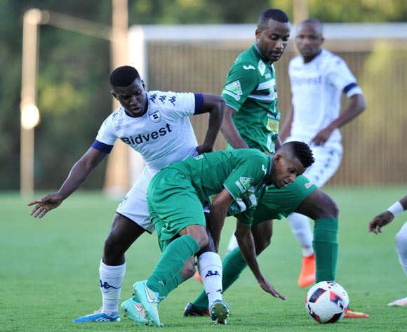 Adras Kevin of St Louisienne challenged by Sifiso Myeni of Bidvest Wits during the 2017 CAF Champions League Preliminary Round match between Bidvest Wits and St Louisienne at Wits Stadium, Tsakane  South Africa on 18 February 2017 ©Muzi Ntombela/BackpagePix