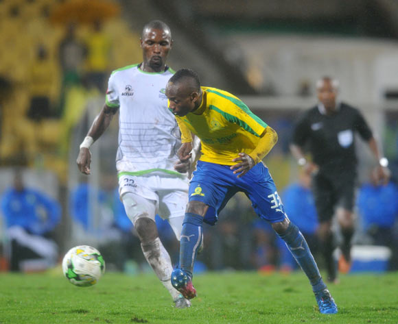 Khama Billiat of Mamelodi Sundowns challenged by Robert Ngambi of Platinum Stars during the Absa Premiership 2016/17 match between Platinum Stars and Mamelodi Sundowns at Royal Bafokeng Stadium, Rusternburg South Africa on 21 February 2017 ©Muzi Ntombela/BackpagePix