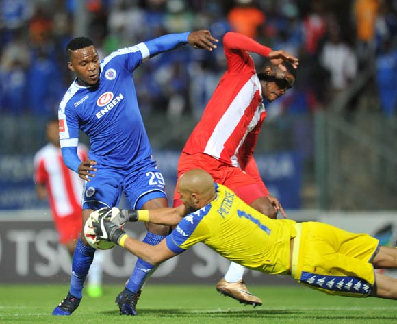Mohau Mokate of Maritzburg United challenged by Morgan Gould and Reyaad Pieterse of Supersport United during the Absa Premiership 2016/17 match between Supersport United and Maritzburg United at Lucas Moripe Stadium, Pretoria  South Africa on 22 February 2017 ©Muzi Ntombela/BackpagePix