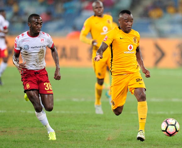 Peter Shalulile of Highlands Park chases Tsepo Masilela of Kaizer Chiefs FC during the Absa Premiership 2016/17 game between Kaizer Chiefs and Highlands Park at Moses Mabhida Stadium, Durban on 18 February 2017 © Gerhard Duraan/BackpagePix