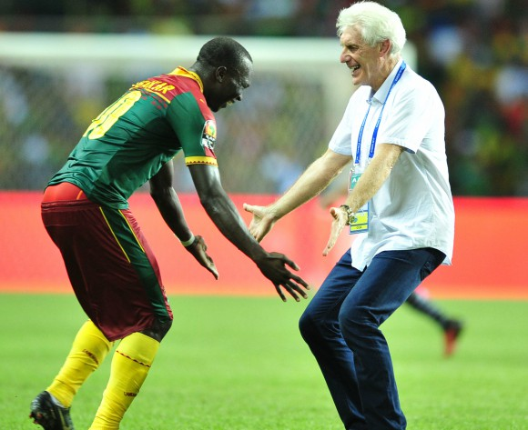 Hugo Broos ready to dump Cameroon for South Africa - Agent