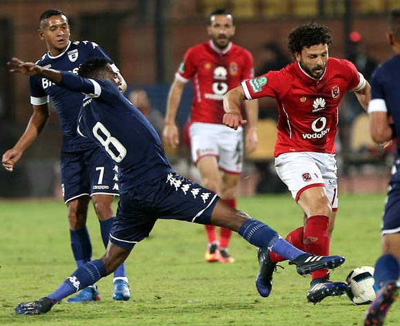 epa05842779 Al Ahly's player Hossam Ghaly (R) in action  against Bidvest Wits  player Thabang Monare (L) during the African Champions League (CAF) match between Al Ahly and  Bidvest Wits  at Salam stadium in Cairo, Egypt, 11 March 2017.  EPA/KHALED ELFIQI