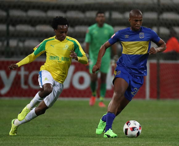 Tshepo Gumede of Cape Town City FC gets away from Percy Tau of Mamelodi Sundowns during the Absa Premiership 2016/17 football match between Cape Town City FC and Mamelodi Sundowns at Athlone Stadium, Cape Town on 3 March 2017 ©Chris Ricco/BackpagePix
