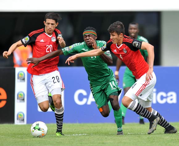 Edward Chilufya of Zambia challenged by Osama Hamid Toeima and Ahmed Aboelfetouh Mohamed of Egypt during the 2017 Total Zambia U-20 African Cup of Nations match between Zambia and Egypt at Heroes National Stadium, Lusaka Zambia on 04 March 2017 ©Muzi Ntombela/BackpagePix