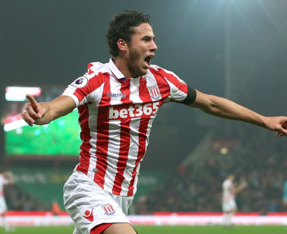 Mark Hughes praises Ramadan Sobhi and Stoke teammates