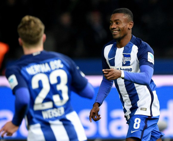 Hertha Berlin tie down Salomon Kalou