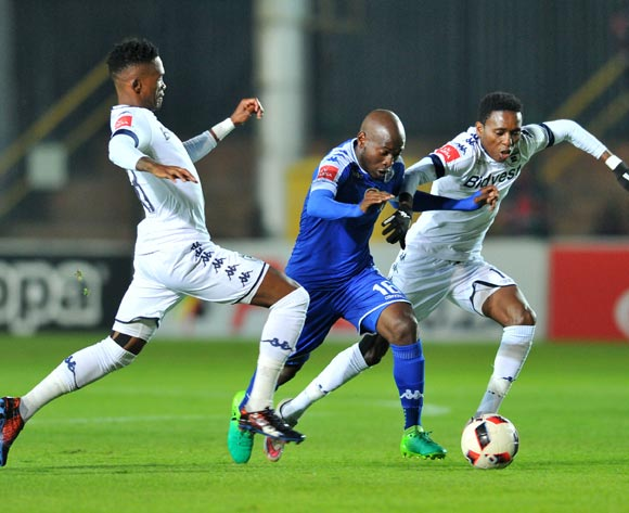 Aubrey Modiba of Supersport United challenged by Thabang Monare and Elias Pelembe of Bidvest Wits during the 2017 Absa Premiership 2016/17 match between Bidvest Wits and Supersport United at the Bidvest Stadium, South Africa on 25 April 2017 ©Samuel Shivambu/BackpagePix