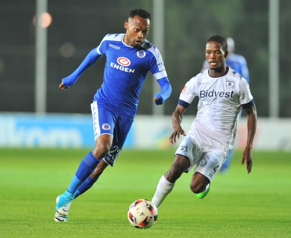 Thabo Mnyamane of Supersport United challenged by Phumlani Ntshangase of Bidvest Wits during the 2017 Absa Premiership 2016/17 match between Bidvest Wits and Supersport United at the Bidvest Stadium, South Africa on 25 April 2017 ©Samuel Shivambu/BackpagePix