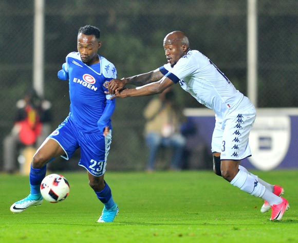 Thabo Mnyamane of Supersport United challenged by Sifiso Hlanti of Bidvest Wits during the 2017 Absa Premiership 2016/17 match between Bidvest Wits and Supersport United at the Bidvest Stadium, South Africa on 25 April 2017 ©Samuel Shivambu/BackpagePix