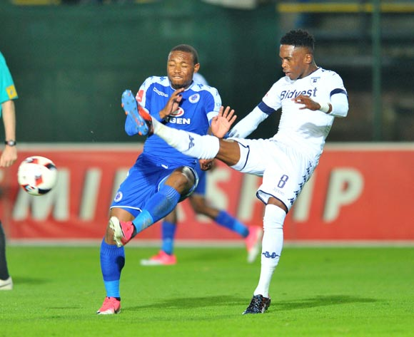 Thuso Phala of Supersport United challenged by Thabang Monare of Bidvest Wits during the 2017 Absa Premiership 2016/17 match between Bidvest Wits and Supersport United at the Bidvest Stadium, South Africa on 25 April 2017 ©Samuel Shivambu/BackpagePix