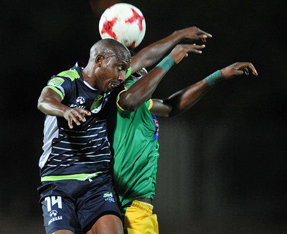 Tintswalo Tshabalala of Platinum Stars challenged by Nyasha Munetsi of Baroka FC during the 2017 Nedbank Cup match between Baroka FC and Platinum Stars at Old Peter Mokaba Stadium, Polokwane South Africa on 04 April 2017 ©Muzi Ntombela/BackpagePix