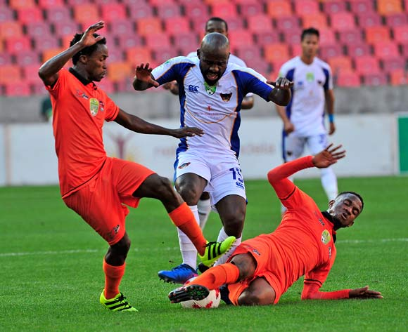 Sandile Zuke of Chippa United cut off by Mngomezulu, V and Vilakazi, L of Polokwane City, during the 2017 Nedbank Cup Last 16 game between Chippa United and Polokwane City at Nelson Mandela Bay Stadium, Port Elizabeth on 8 April 2017 © Deryck Foster/BackpagePix
