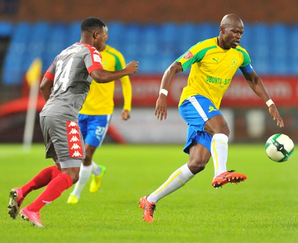 Hlompho Kekana of Mamelodi Sundowns tackled by Mandla Masango of Supersport United during the 2017 Absa Premiership 2016/17 match between Mamelodi Sundowns and Supersport United at the Loftus Stadium, South Africa on 13 April 2017 ©Samuel Shivambu/BackpagePix