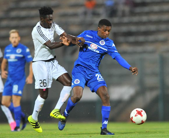 Teboho Mokoena of Supersport United challenged by Abraham Dougbeh of Barrack Young Controller during the 2017 CAF Confederation Cup match between Supersport United and Barrack Young Controller at the Lucas Moripe Stadium, South Africa on 16 April 2017 ©Samuel Shivambu/BackpagePix
