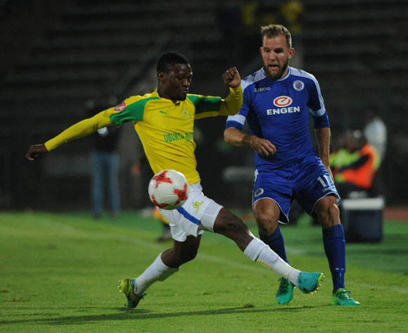 Motjeka Madisha of Mamelodi Sundowns challenges Jeremy Brockie of Supersport United during the Absa Premiership match beween Supersport United v Mamelodi Sundowns  on 19 April 2017 at Lucas Moripe Stadium  ©Sydney Mahlangu /BackpagePix