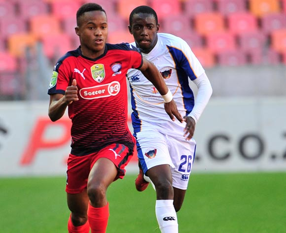 Tebogo Tlolane of Jomo Cosmos, chased by Zaphaniah Mbokoma of Chippa United during the 2017 Nedbank Cup quarterfinal game between Chippa United and Jomo Cosmos at Nelson Mandela Bay Stadium, Port Elizabeth on 22 April 2017 © Deryck Foster/BackpagePix