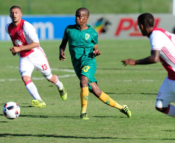 Nkosinathi Mthiyane of Lamontville Golden Arrows and Erwin Isaacs of Ajax Cape Town F.C during the Absa Premiership 2016/17 game between Golden Arrows and Ajax Cape Town at Prince Magogo Stadium in Durban, KwaZulu-Natal on 15 April 2017 © Gerhard Duraan/BackpagePix