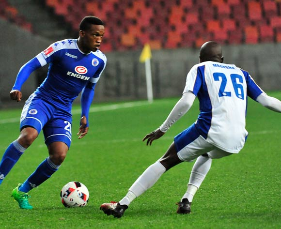 Thabo Mnyamane of Supersport United and Zaphaniah Mbokoma of Chippa United during the Absa Premiership 2016/17 game between Chippa United and Supersport United  at Nelson Mandela Bay Stadium in Port Elizabeth on 17 May 2017 © Deryck Foster/BackpagePix