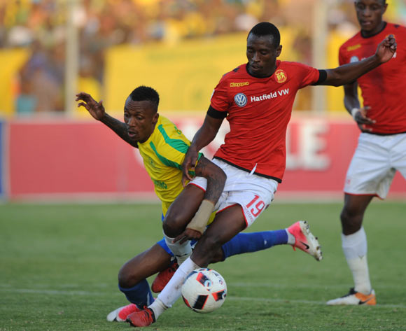 Siyabonga Nhlapho of Highlands Park challenges Yannick Zakri of Mamelodi Sundowns during the  Absa Premiership match between Highlands Park and Mamelodi Sundowns on 27 May 2017 at Makhulong Stadium © Sydney Mahlangu /BackpagePix