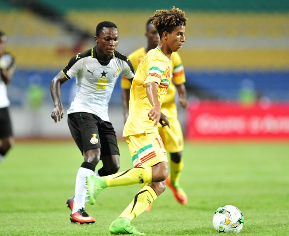 Abdoul Salam Jiddou of Mali challenged by Emmanuel Toku of Ghana during the 2017 Under 17 Africa Cup of Nations Finals match between Ghana and Mali at the Libreville Stadium in Gabon on 28 May 2017 ©Samuel Shivambu/BackpagePix