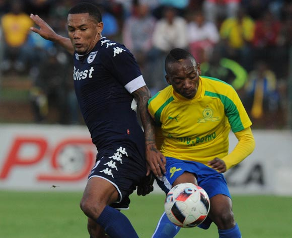 Granwald Scott of Bidvest Wits challenges Khama Billiat of Mamelodi Sundowns during the Absa Premiership match between Bidbest Wits and Mamelodi Sundowns on 01 May 2017 at Bidvest Stadium  © Sydney Mahlangu /BackpagePix