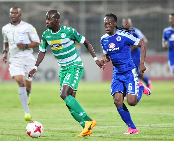 Musa Nyatama of Bloemfontein Celtic challenged by Reneilwe Letsholonyane of Supersport United during the Absa Premiership 2016/17 match between Supersport United and Bloemfontein Celtic at the Lucas Moripe Stadium, South Africa on 03 May 2017 ©Samuel Shivambu/BackpagePix