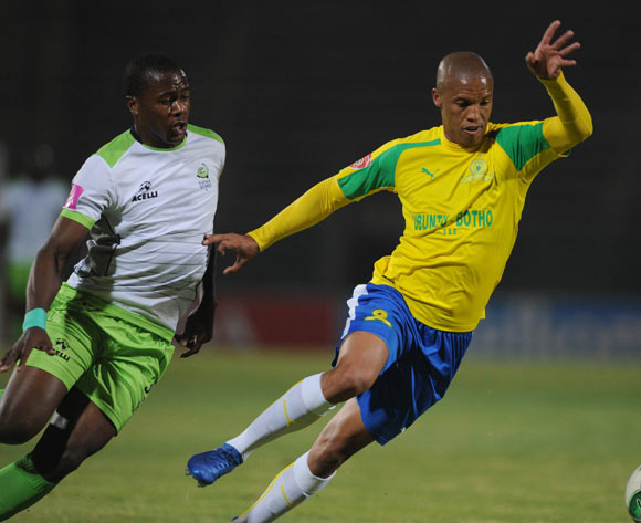 Thabo Nthethe of Mamelodi Sundowns is challenged by Bonginkosi Ntuli of Platinum Stars during the Absa Premiership match between Mamelodi Sundowns and Platinum Stars on 04 May 2017 at Lucas Moripe Stadium  © Sydney Mahlangu /BackpagePix