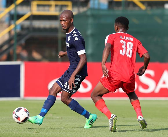 Phumlani Ntshangase of Bidvest Wits challenged by Mlondi Dlamini of Maritzburg United during the Absa Premiership 2016/17 match between Bidvest Wits and Maritzburg United at Bidvest Stadium in Johannesburg, South Africa on 07 May 2017 ©Muzi Ntombela/BackpagePix
