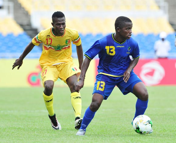 Shabani Zuberi Ada of Tanzania challenged by Mamadou Samake of Mali during the 2017 Under 17 Africa Cup of Nations Finals football match between Mali and Tanzania at the Libreville Stadium in Gabon on 15 May 2017 ©Samuel Shivambu/BackpagePix