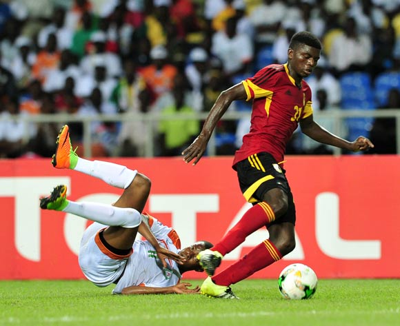 Hamid Galissoune Ajina of Niger challenged by Moises Pedro Amor of Angola during the 2017 Under 17 Africa Cup of Nations Finals football match between Angola and Niger at the Libreville Stadium in Gabon on 15 May 2017 ©Samuel Shivambu/BackpagePix