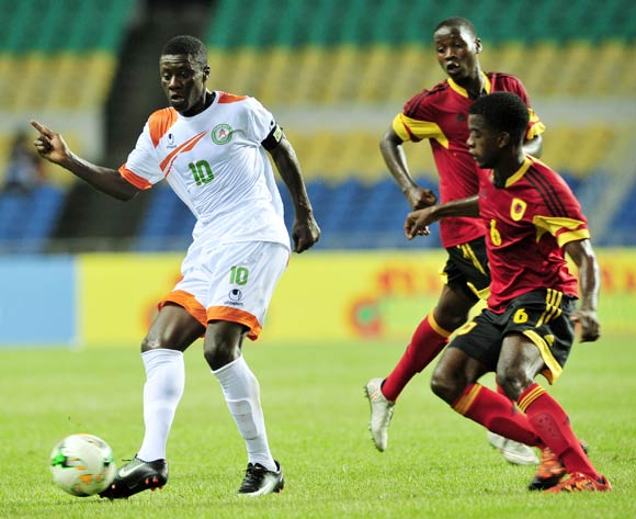 Rachid Alfari Souley of Niger challenged by Fiete Quintas Agostinho Dos Santos of Angola during the 2017 Under 17 Africa Cup of Nations Finals football match between Angola and Niger at the Libreville Stadium in Gabon on 15 May 2017 ©Samuel Shivambu/BackpagePix