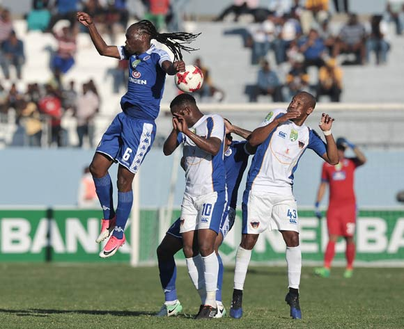 Reneilwe Letsholonyane of Supersport United and Andile Mbenyane of Chippa United challenge for the header during the 2017 Nedbank Cup semifinal game between Chippa United and Supersport United at Sisa Dukashe Stadium, East London on 20 May 2017 © Luigi Bennett/BackpagePix