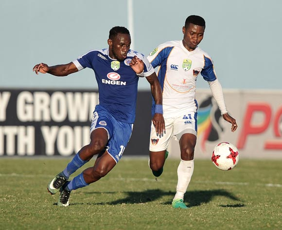 Onismor Bhasera of Supersport United and Menzi Masuku of Chippa United during the 2017 Nedbank Cup semifinal game between Chippa United and Supersport United at Sisa Dukashe Stadium, East London on 20 May 2017 © Luigi Bennett/BackpagePix