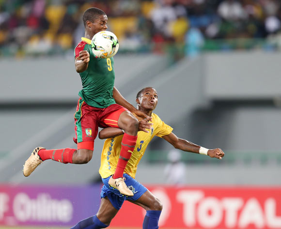 Stephane Thierry Zobo of Cameroon challenged by Elian Christely Boueni Mayobolo of Gabon during the 2017 Under 17 Africa Cup of Nations Finals football match between Gabon and Cameroon at the Port Gentil Stadium, Gabon on 20 May 2017 ©Muzi Ntombela/BackpagePix
