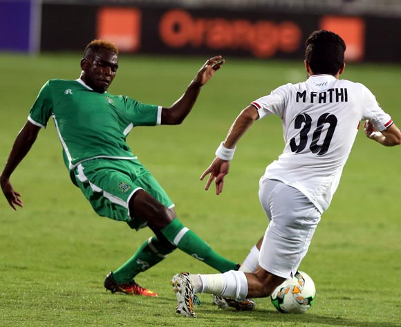 Al-Zamalek player Mostafa Fathy (R) in action against Caps United player Moses Muchenje (L) during the African Champions League (CAF) Round of 16 match between Al-Zamalek and Caps United at at Borg Al Arab Stadium in Alexandria , Egypt, 12 May 2017